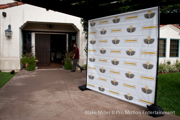 Step & Repeat Banner Design & Print for Livestrong Fundraiser (5)