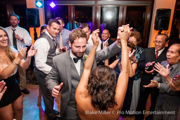 San Diego Catamaran Wedding Image (16)